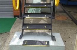Galvanized tread installation 1